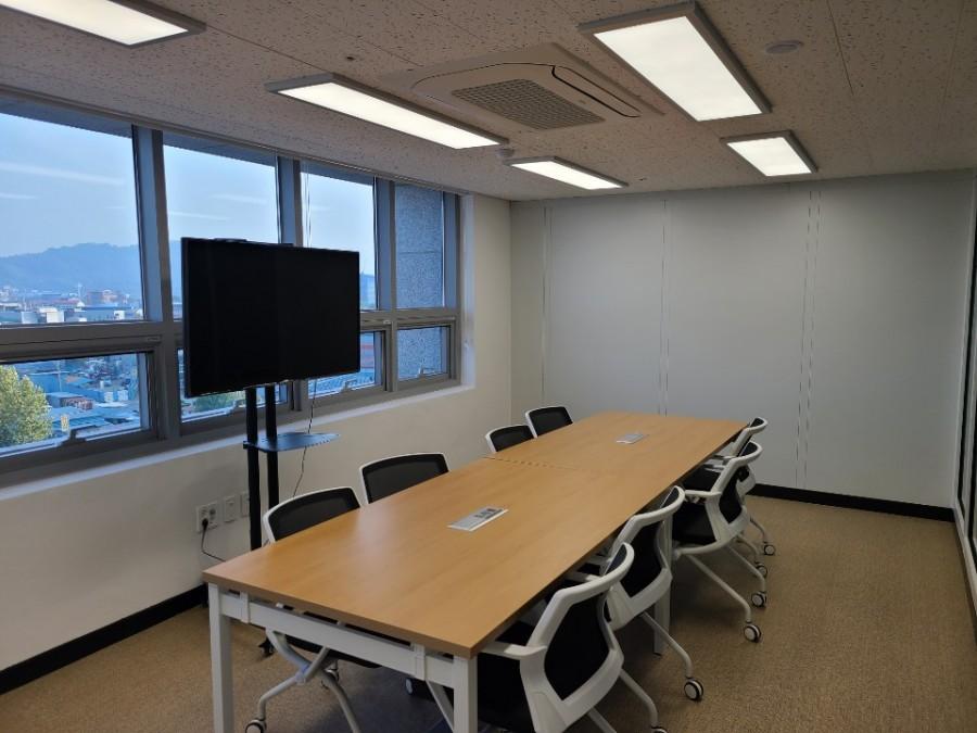 회의실, 3~6F(층별 각 3실)
